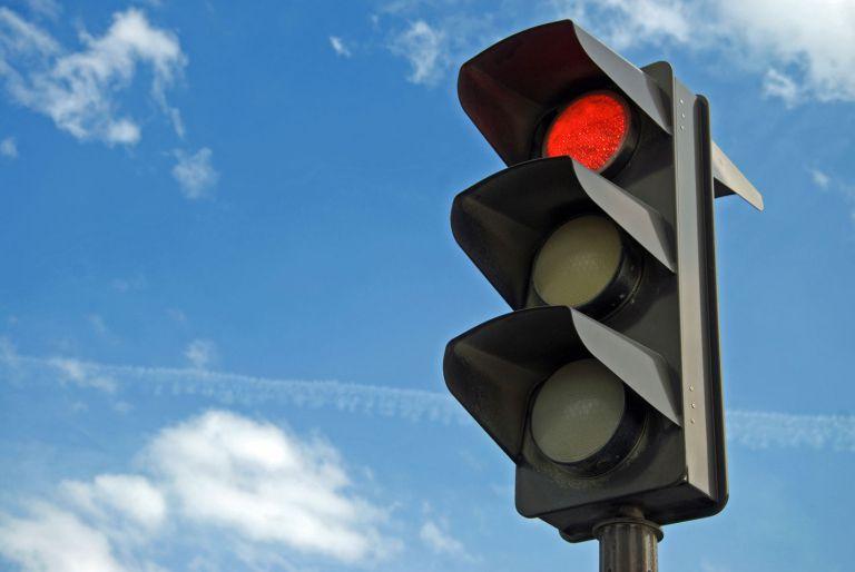 Новый светофор на улице Попова